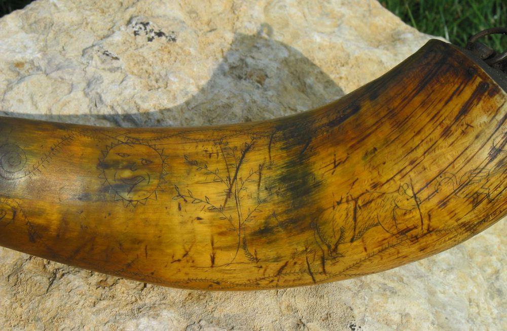 Indian trade horn scrimshaw 3